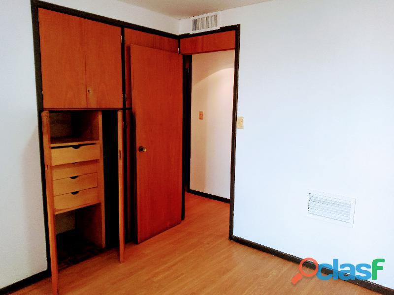 Único departamento externo de 90 m2, 2 Dorm.c/Cochera, en S.Michell! 6