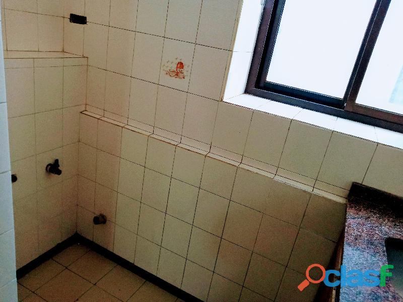 Único departamento externo de 90 m2, 2 Dorm.c/Cochera, en S.Michell! 18