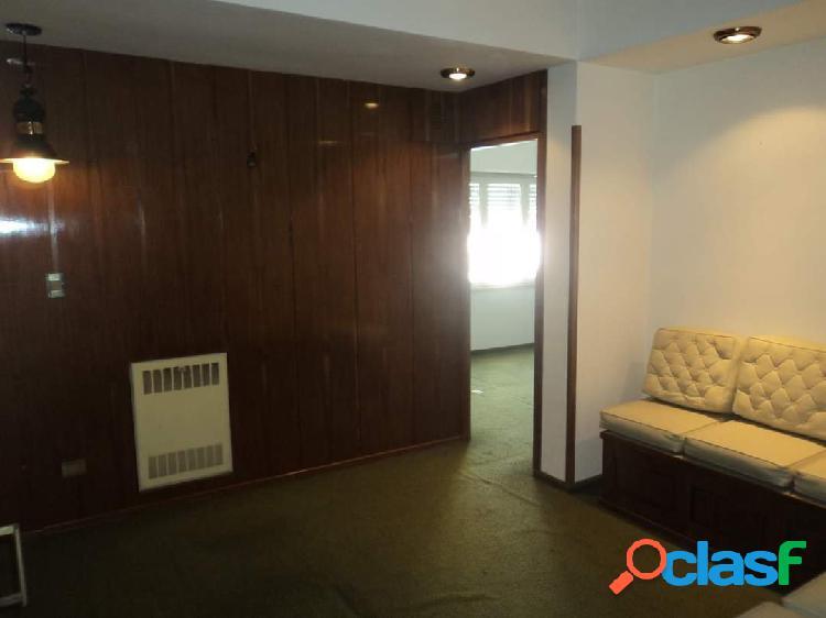 Oficina en venta. 2 amb. 22 m2 cub.