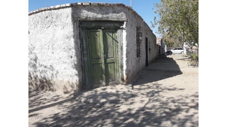Casa y departamento en Rivadavia - San Juan