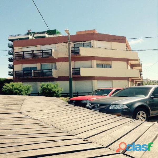 Vendo Dueño Directo Villa Gesell   Centro  Dpto 2 amb. Frente al Mar