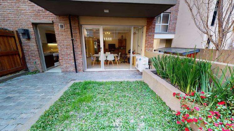 Departamento en villa urquiza 3 ambientes con jardin propio