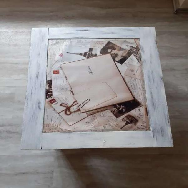 Mesa ratona con vidrio