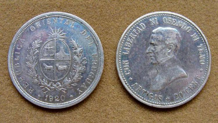 Moneda de 20 centésimos de plata uruguay 1920