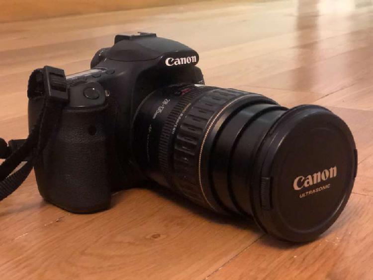 Camara de fotos reflex canon eos d60 +3 lentes + parasol +