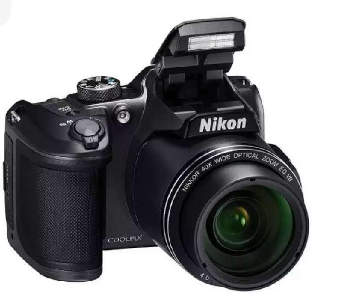 NIKON B500 SEMI REFLEX