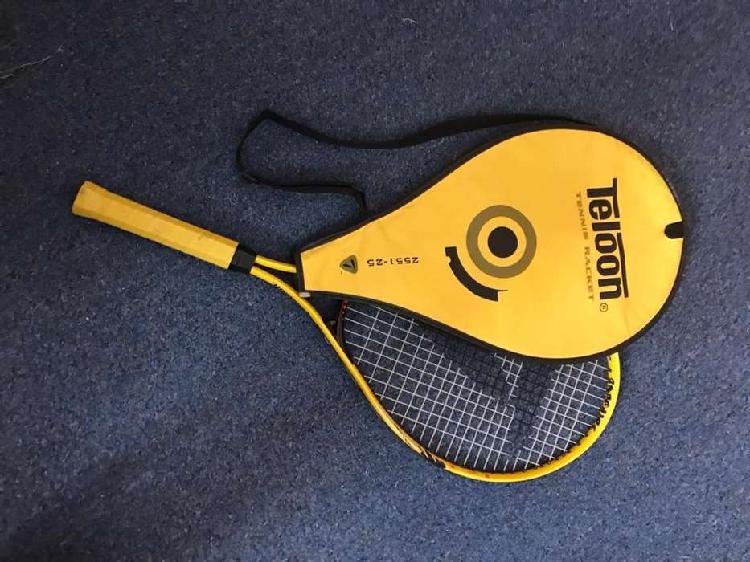 Raqueta de tenis teloon amarilla, con funda