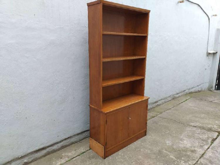 Mueble biblioteca roble .. 1 mt x 1.90 x 0.36 fondo la parte