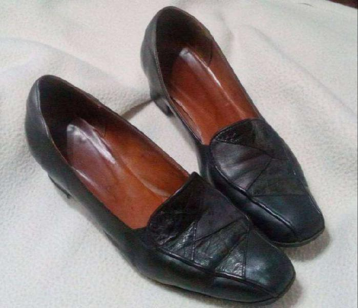 Zapatos negros talle 40