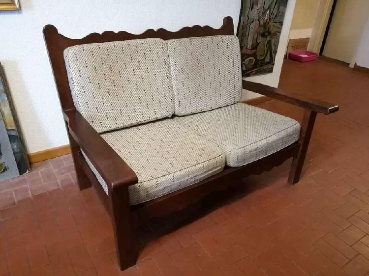 Vendo sillón sofá de algarrobo impecable