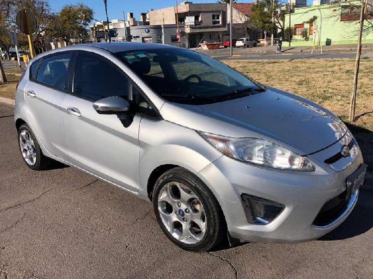 Ford fiesta titanium nuevo! 96.000km 2013 permuto o contado