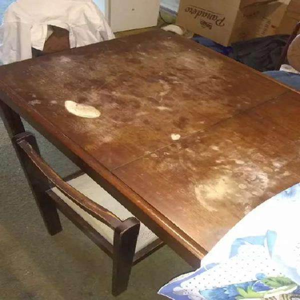 Mesa madera, extensible con sillas