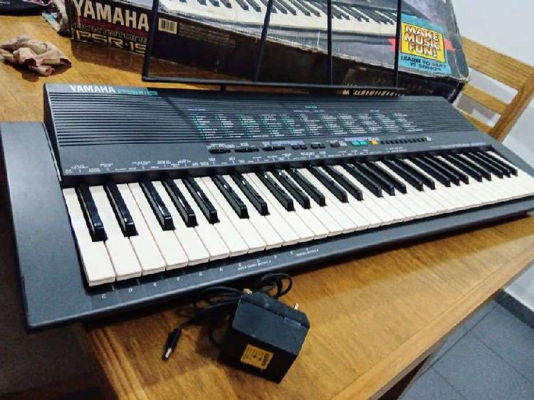 Organo teclado yamaha psr 19. oportunidad. casi sin uso.