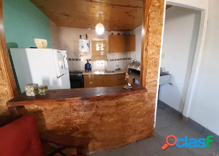 Vendo permuto casa con quincho y piscina en Las Paredes San Rafael Mendoza (45) 2