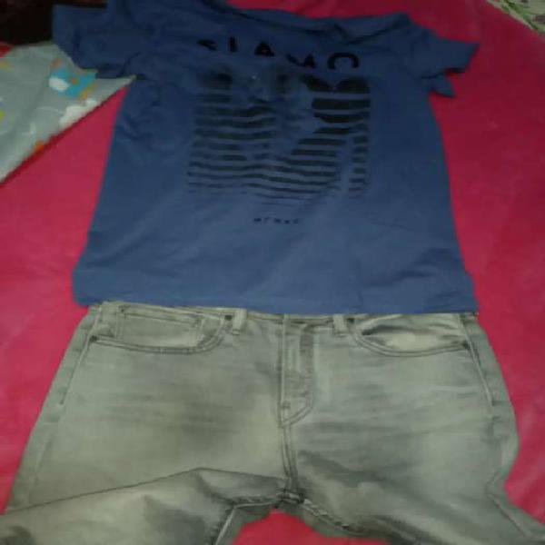 Jeans con dos remeras