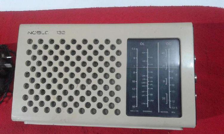 Antigua radio receptor noblex nt 132 m am 2 bandas onda y