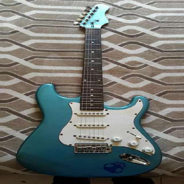 Guitarra eléctrica texas stratocaster eeg001 mod. 2008 +