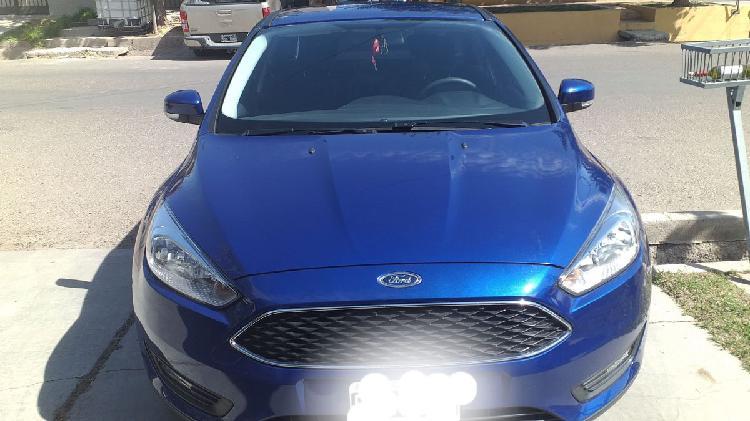 Vendo ford focus lll s 1.6 modelo 2015
