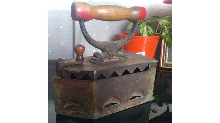 Antigua plancha grande de hierro a carbon pietro 100%