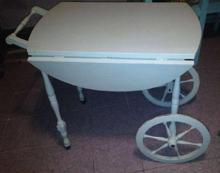 Antigüa mesa carro de madera extensible