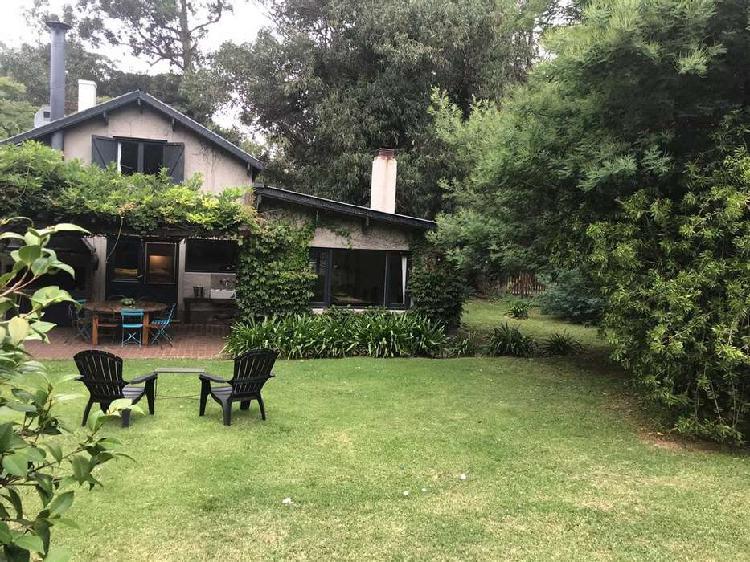 Casa 3 ambientes - bosque peralta ramos