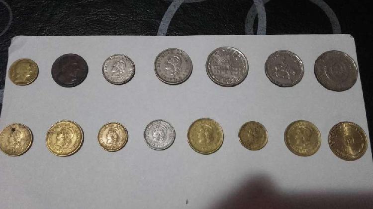 Lote de 20 monedas nacionales. décadas 40, 50, 60, 70, 80 y