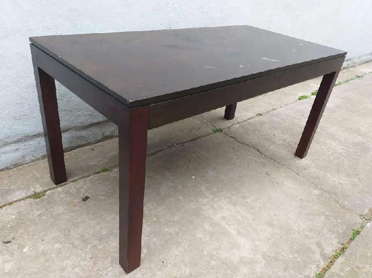 Mesa moderna madera muy buena patas ajustables mínimos