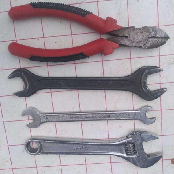 Set de herramientas en exelente estado todo x $ 800 no