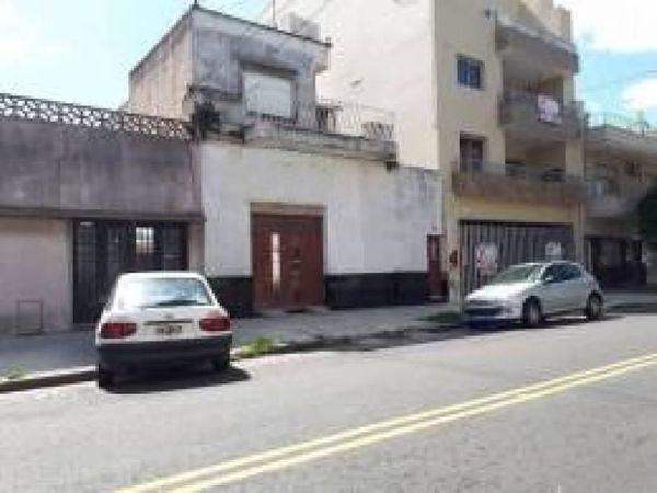 Saraza 1100 - casa en venta en parque chacabuco, capital