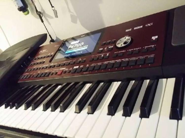 Korg pa700 teclado arreglista profesional de 88 teclas