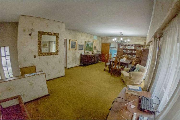 Venta casa ph 2 dormitorios/comodín. garage