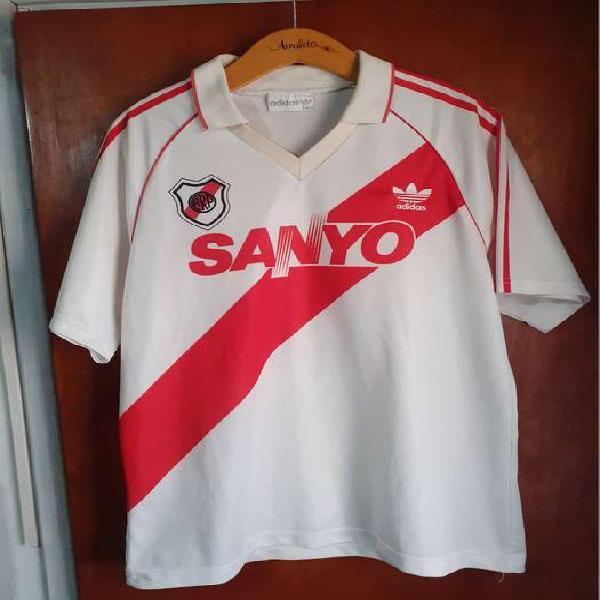 Camiseta river 1993 sanyo