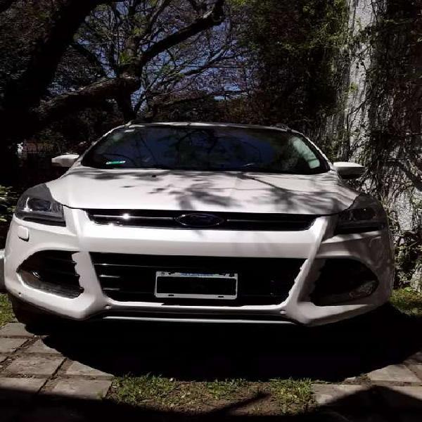 Ford kuga 2014 titanium