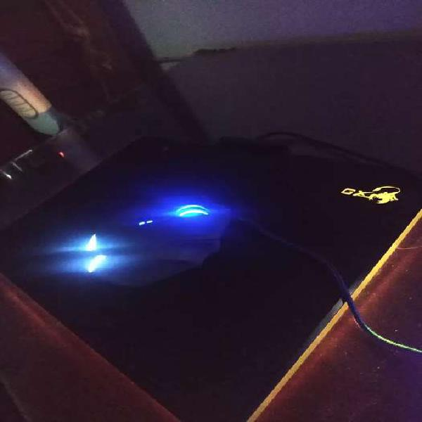 Mouse pad rgb genius gx p 500