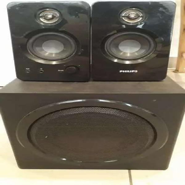 Parlantes y subwoofer philips