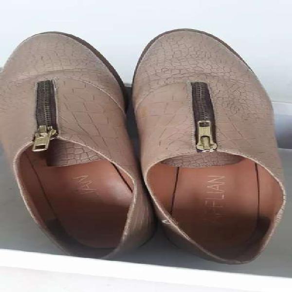 Liquido zapatillas urbanas p/mujer n 38, marca apelian, casi