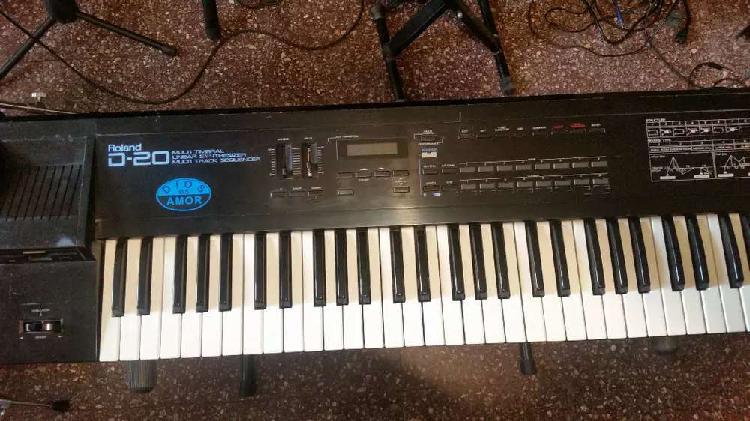 Roland d20 sintetizador vintage