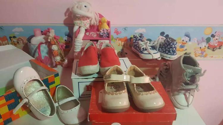Vendo zapatos zapatillas de nena varias marcas