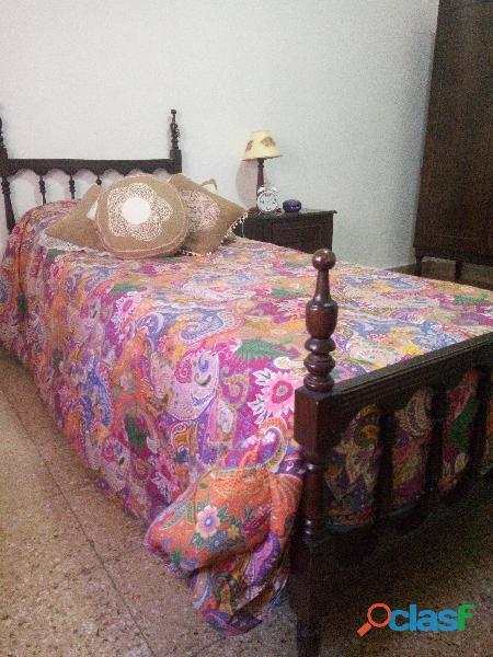 Juego de camas de madera de 1plaza