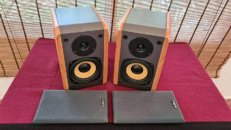 2 bafles tipo monitores profesionales edifier r 1000 tcn