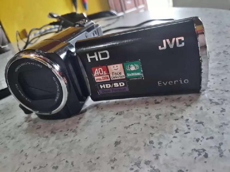Video cámara JVC EVERIO HD. Mod GZ-HM30BU