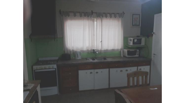 Alquilo Casa en Lujan de Cuyo - Centro - Ideal consultorios