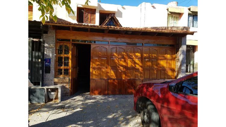 HERMOSO DUPLEX ubicado en excelente calle del Barrio 6°
