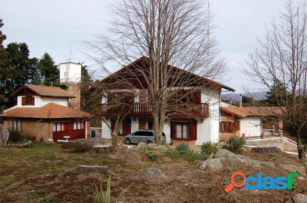 Excelente propiedad en villa berna