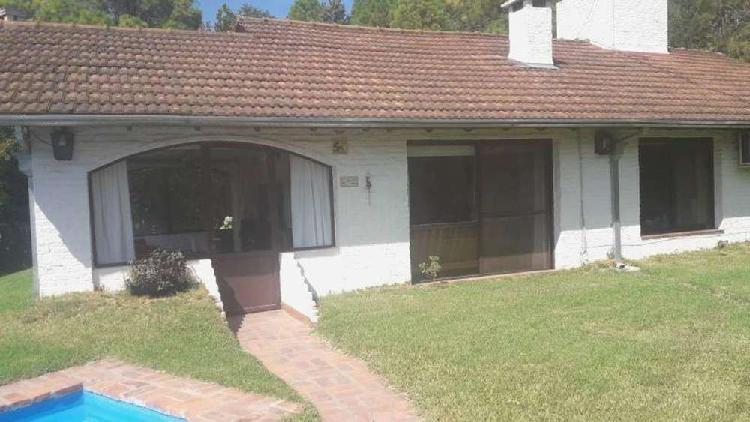 Fresnos lote / n° 400 - u$d 128.000 - casa en venta
