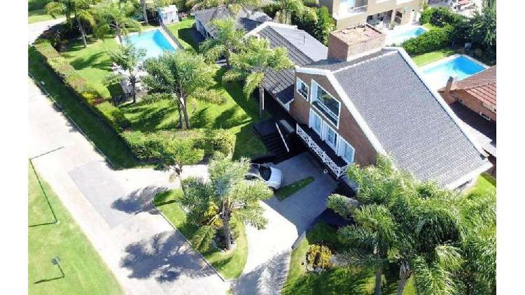 Los alerces lote / n° 100 - u$d 434.000 - casa en venta