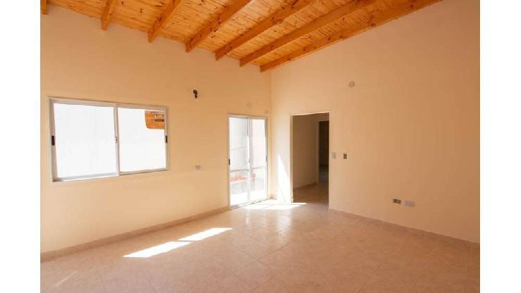 Luzuriaga 1700 1° - $ 35.000 - tipo casa ph alquiler