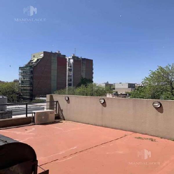 Ph de dos ambientes tipo loft con terraza, balcon y deck!