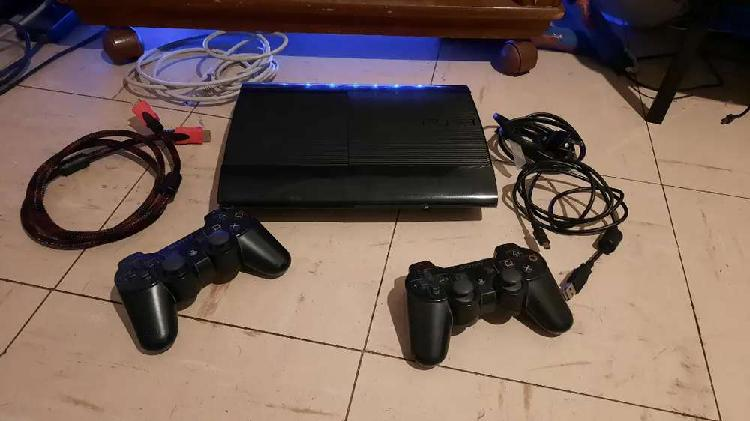 Playstation 3 con 25 juegos, disney infinity y mucho más.