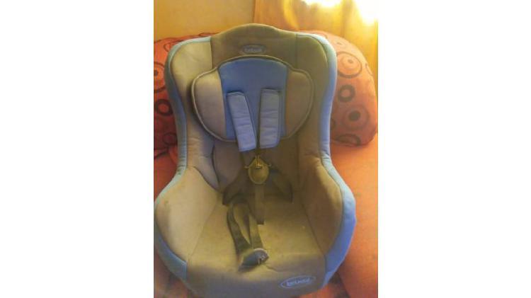 Vendo sillas de niño para auto